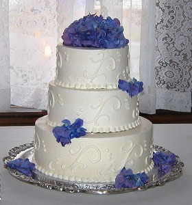 A recent Cape Cod cake for a Palmer House wedding.