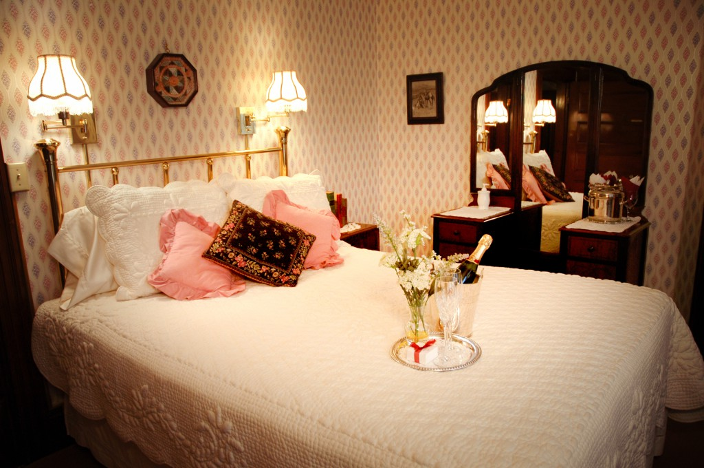 Cape Cod Quaint James Fenimore Cooper, Room Three with a cozy queen bed.