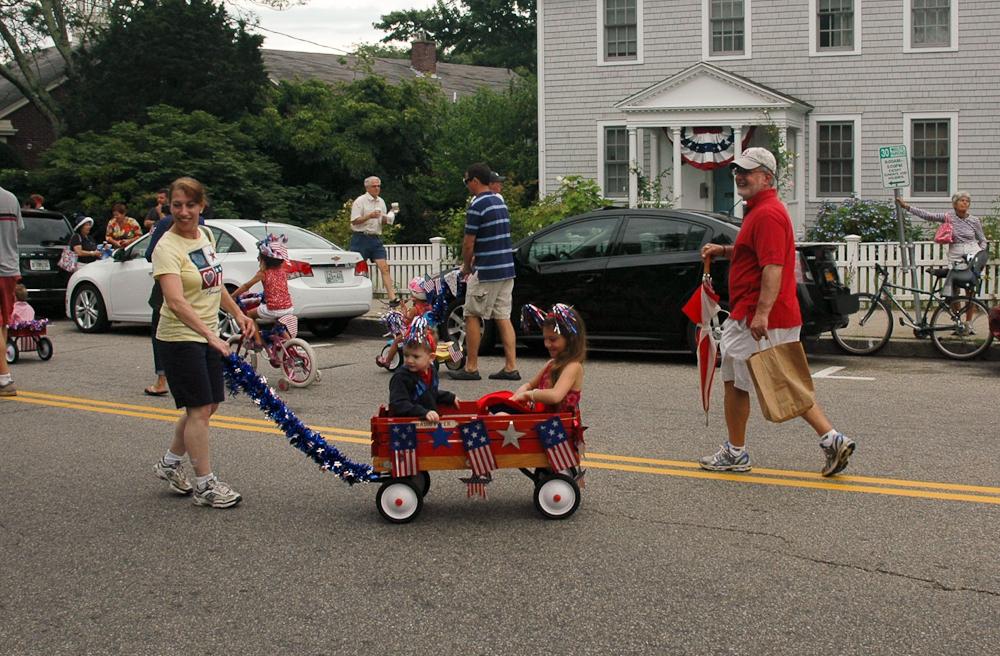 Cape Cod Parade: Children's Wagon