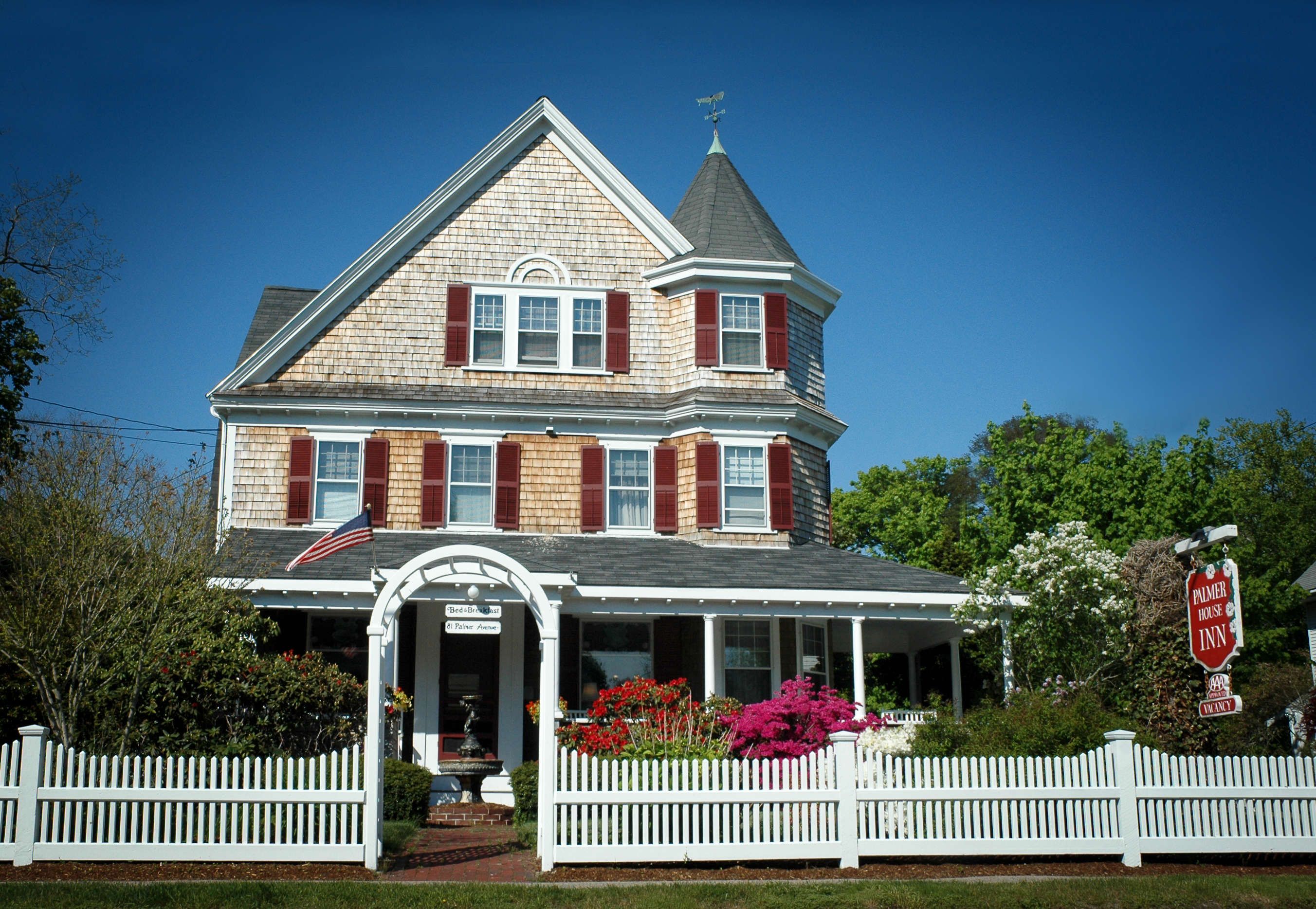 Palmer house inn a romantic cape cod bed and breakfast for Palmer homes