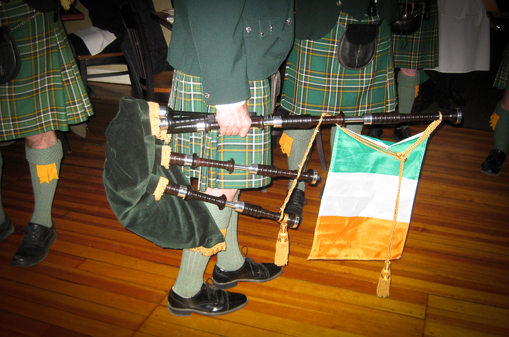 Pipes and Irish Flag