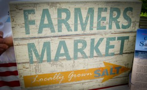 Falmouth Farmer's Market sign