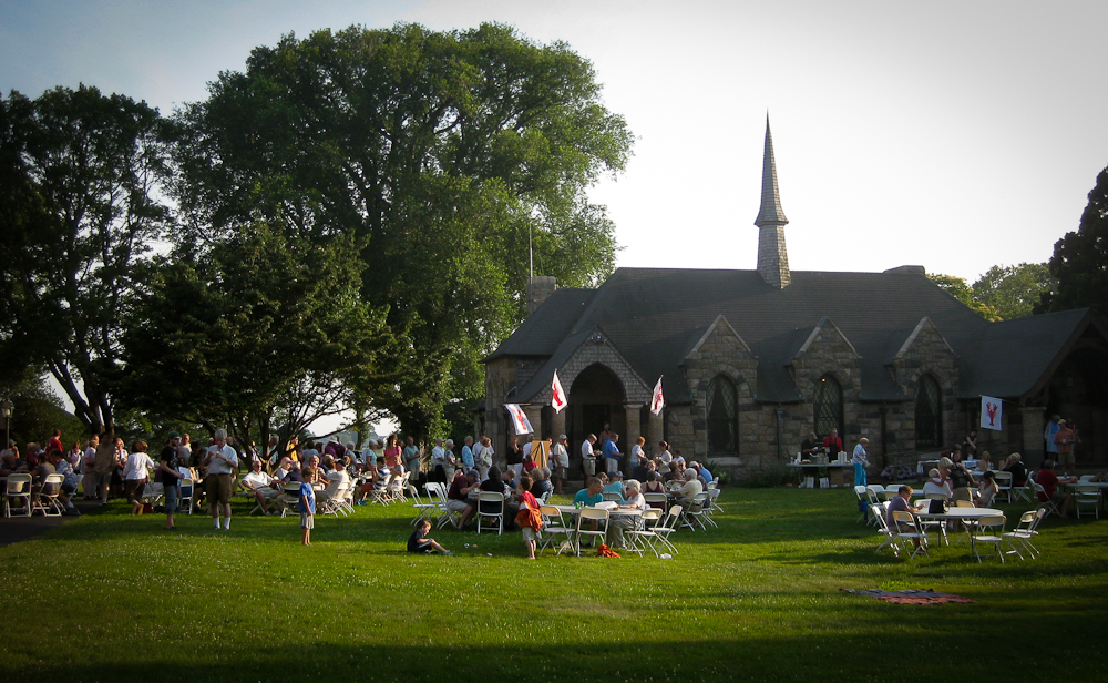 Lobster on the Lawn at St. Barnabas Church