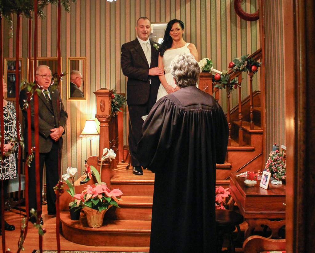 Winter wedding at the Palmer House Inn located in Falmouth, Cape Cod, Massachusetts, USA.
