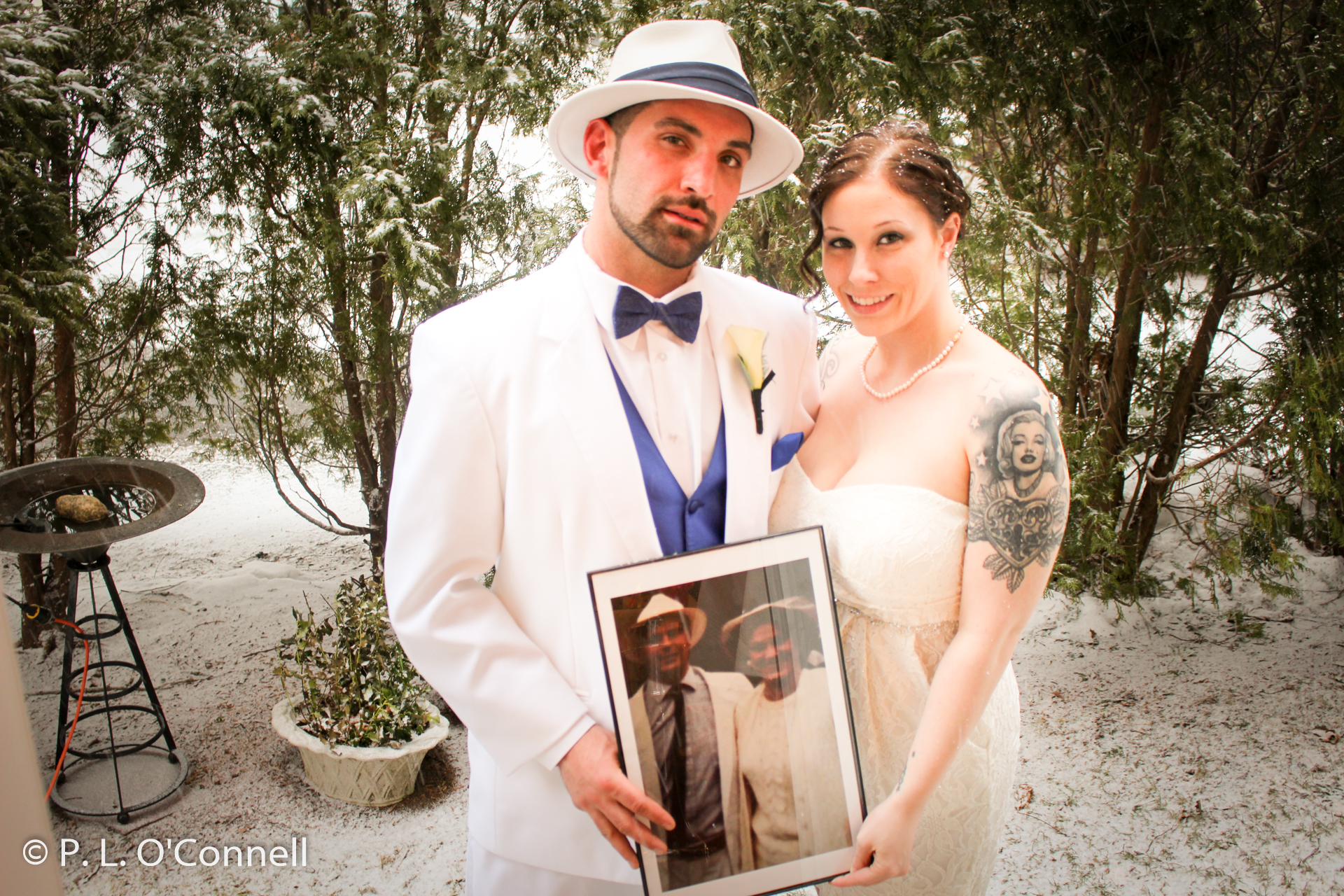Winter weddings on Cape Cod in the snow