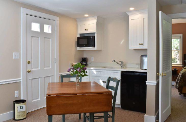 Pristine kitchen in the Thoreau Cottage