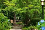 Places to Stay in Cape Cod with gorgeous gardens