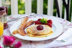 Breakfast at Palmer House Inn