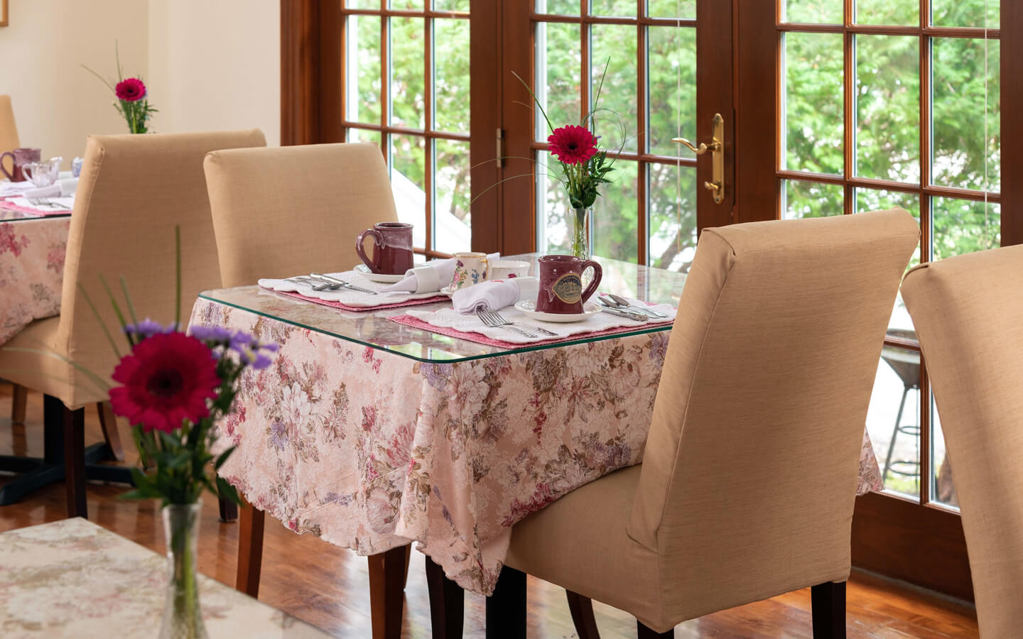 Romantic breakfast table in Falmouth MA