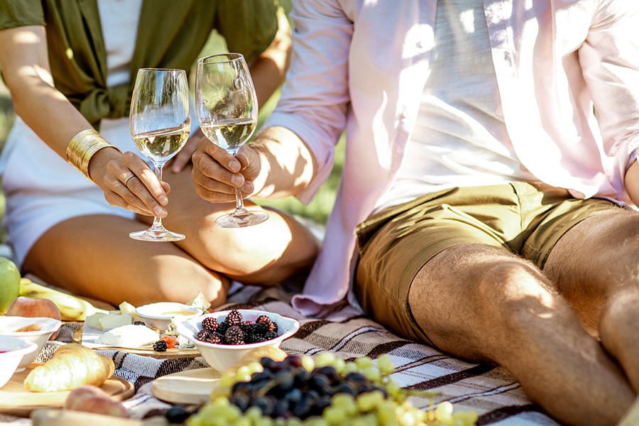 couple having a picnic with wine in Martha's Vineyard