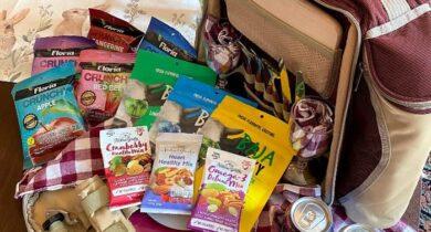 healthy snacks in backpack